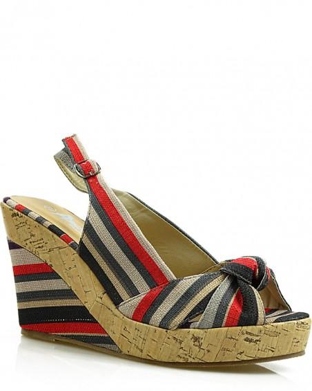 Szaroczerwone sandały damskie na koturnie