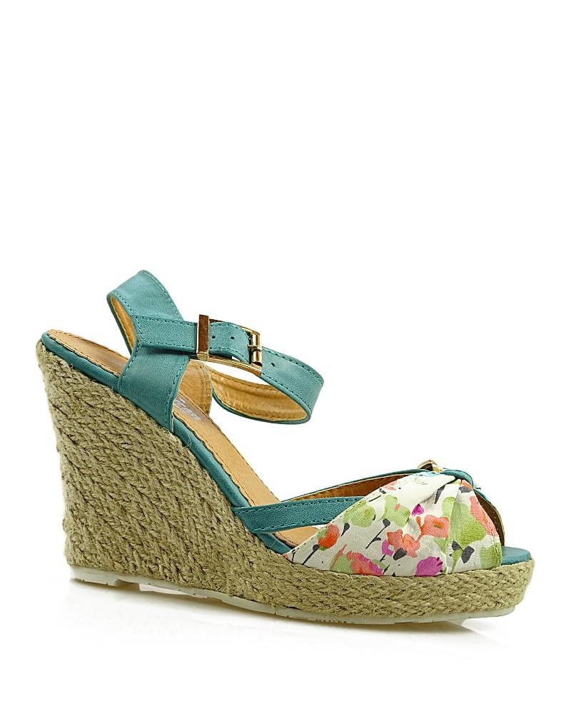 Niebieskie sandały damskie na koturnie